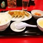 秘伝の焼餃子定食が500円!「餃子の安亭 高田馬場店」