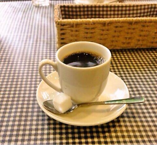サービスのデミタスコーヒー