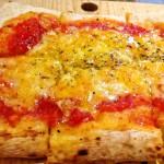 ピザがなんと270円から!ひとりで気軽にピザが食べられる「エー ピッツァ 高田馬場店」がおすすめ!