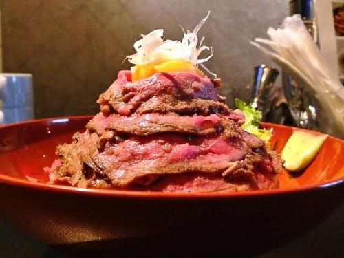 国産ローストビーフ丼横