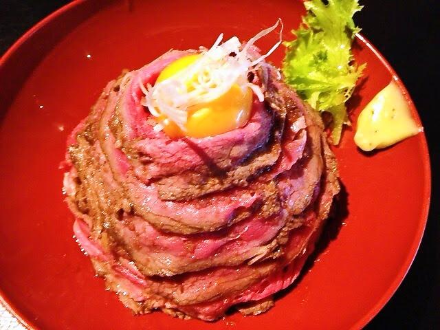 国産ローストビーフ丼上