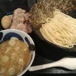 ゆず風味の爽やかつけ麺!「三ツ矢堂製麺 高田馬場店」